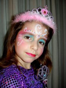 7. deklice se rade  spremenijo v princeske jpg (1)