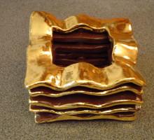 svecnik-keramika-zlato